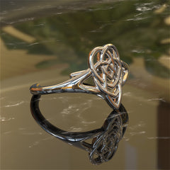 Irish (Celtic) Motherhood Knot Ring