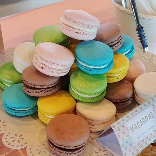 Classic Macarons (Set of 6 pieces)