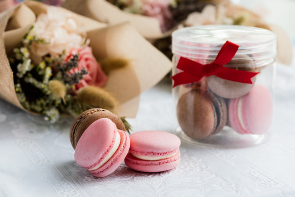Mother's Day Macaron Jar (8 pieces)