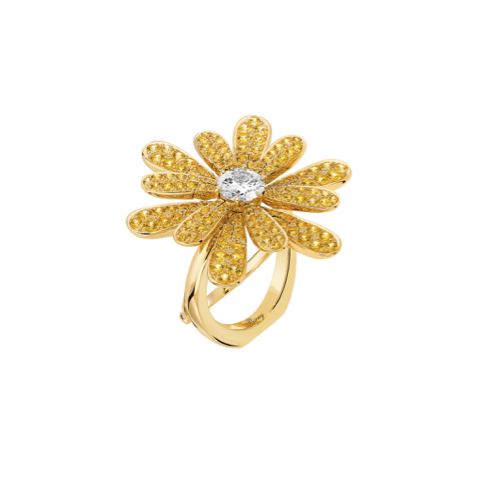 Poiray Flower Ring