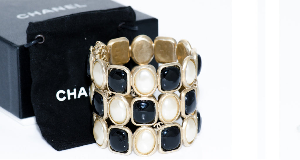 Black & White Iconic Bracelet with Gold Metal Detail and CC Logo