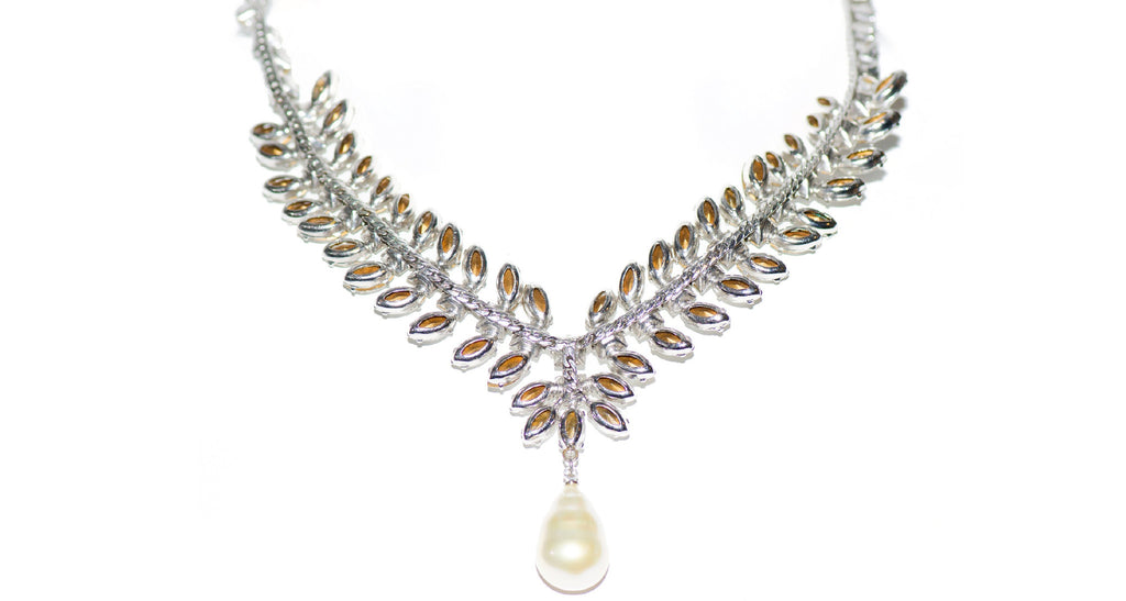 Clear Paste & Rhodium Set Pearl Pendant Necklace, Circa 1950