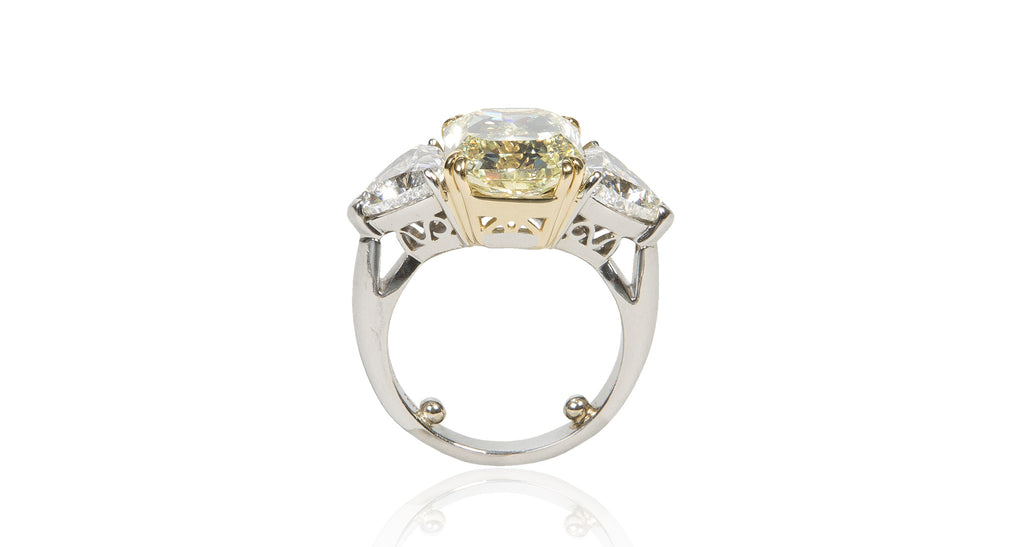 6.15 Ct Natural Fancy Yellow Radiant Cut Diamond Ring (GIA)