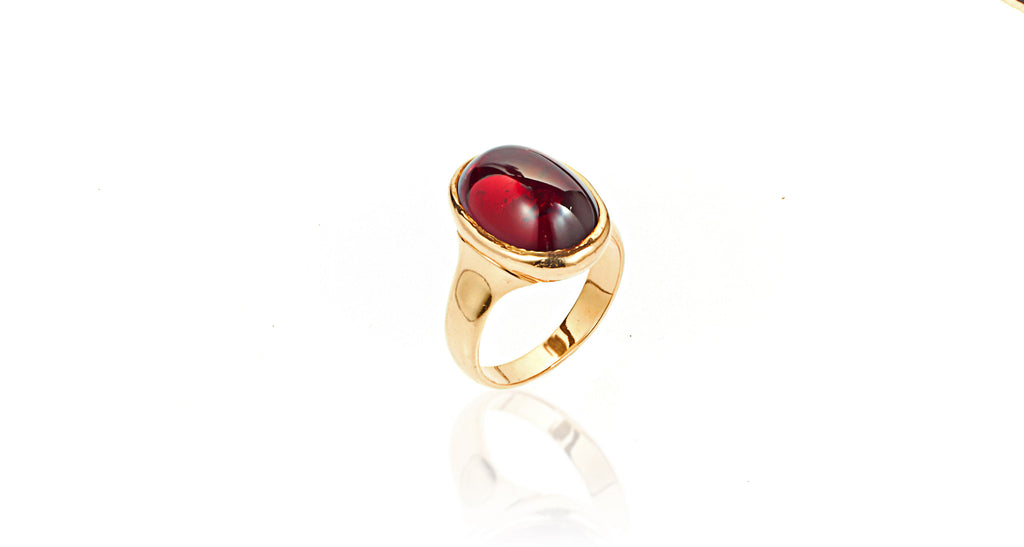 14K Yellow Gold Red Garnet Cabochon Ring