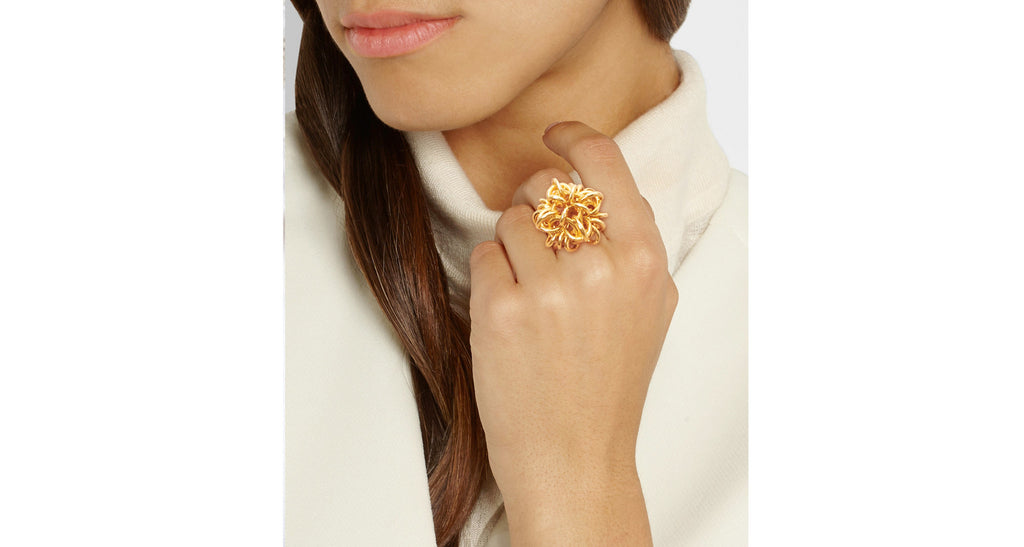 18K Yellow Gold Sculptural Love Knot Ring
