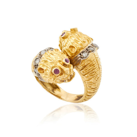 Crossover Tiger / Lion Heads Gold Ring with Diamond Collars & Amethyst Eyes