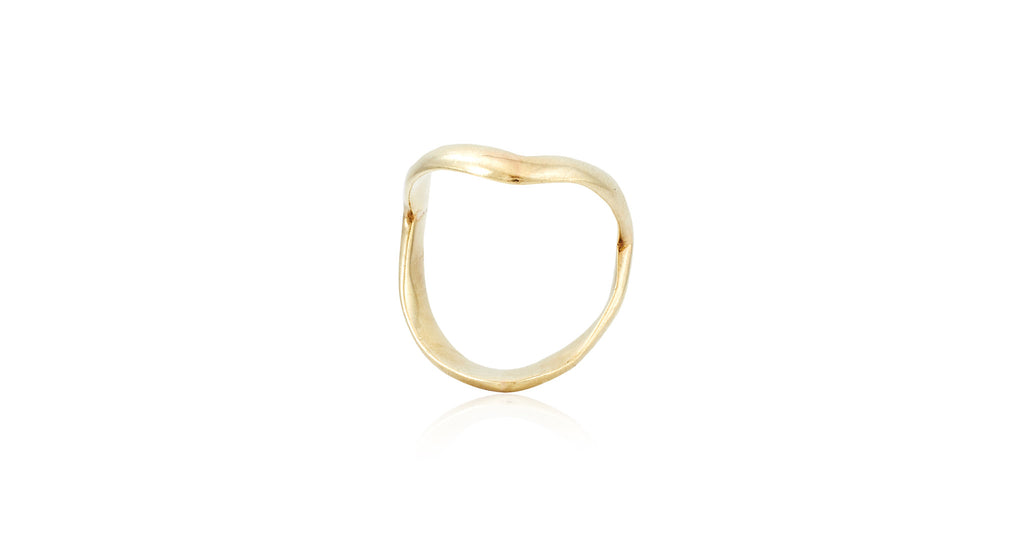 Vintage Chevron 18K Gold Ring