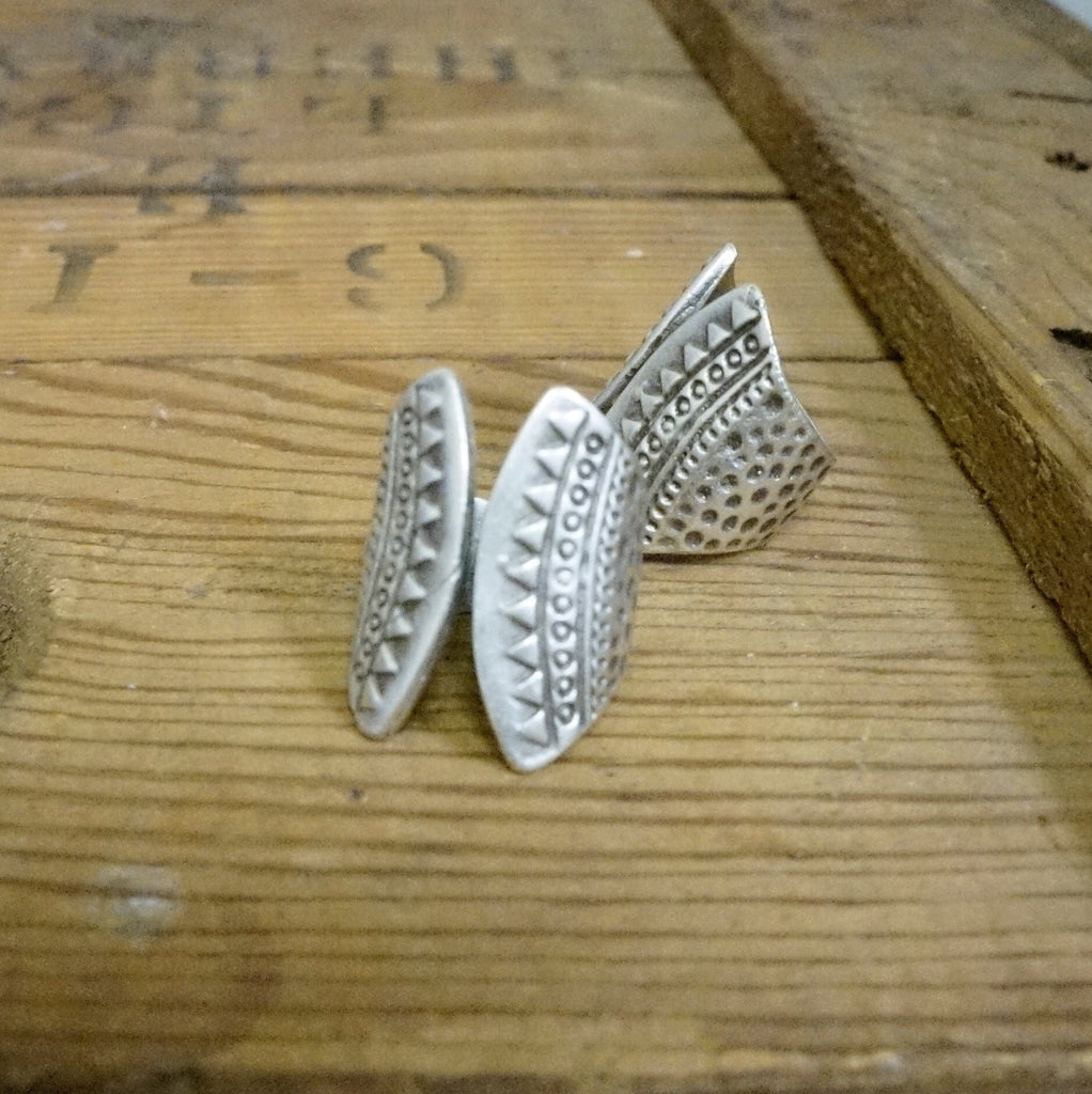 Tee Pee Ring - Wildflower