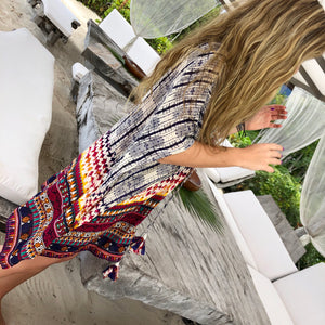 Perfect the art of covering up in the lighter than air Malibu Cover Up.  This easily packable tunic looks great poolside with a pair of oversized sunnies, or layer it over jeans for a breezy night out.   100% Viscose