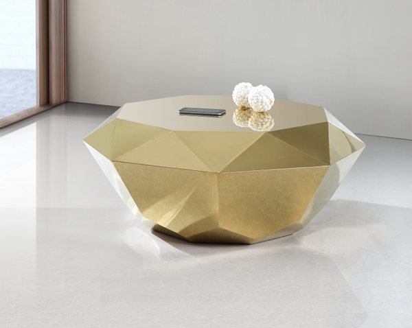 Coffee Table in Diamond Cut in gold