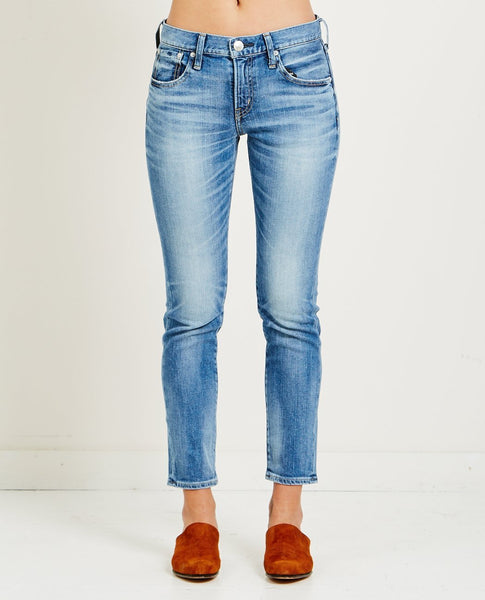 RED CARD 25TH ANNIVERSARY AKIRA JEANS