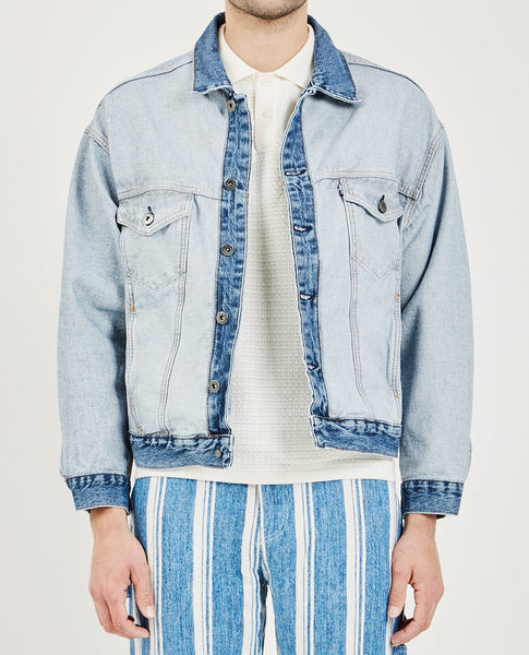 LEVI'S: MADE & CRAFTED ABOUT FACE TRUCKER JACKET