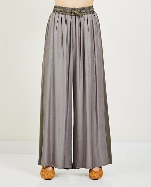 HIDDEN FOREST MARKET B-MATERIAL WIDE SILKY PANTS