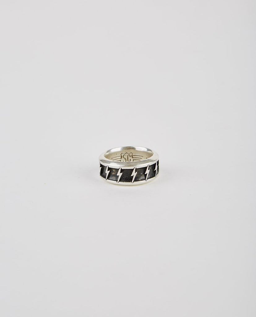 SPEAKEASY ORIGINAL BOLT BAND RING