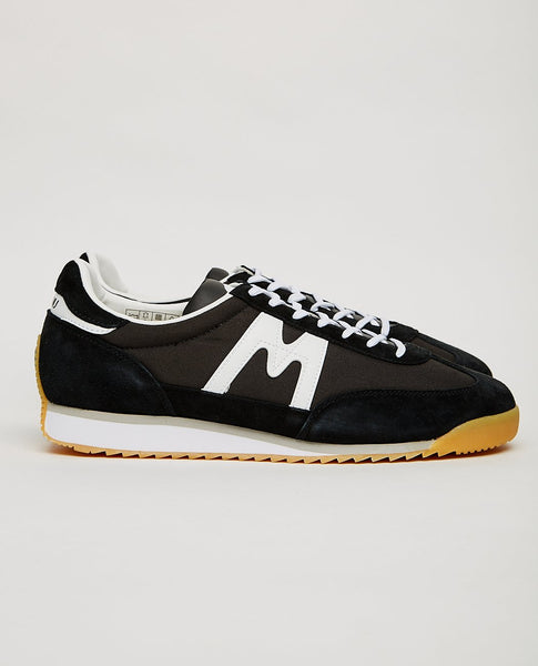 KARHU CHAMPION AIR BLACK/WHITE