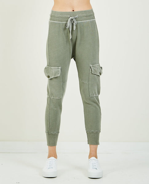 NSF ELLIE CARGO POCKET SWEATPANT