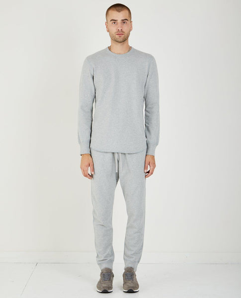 REIGNING CHAMP MIDWEIGHT SCALLOPED TERRY SWEATSHIRT