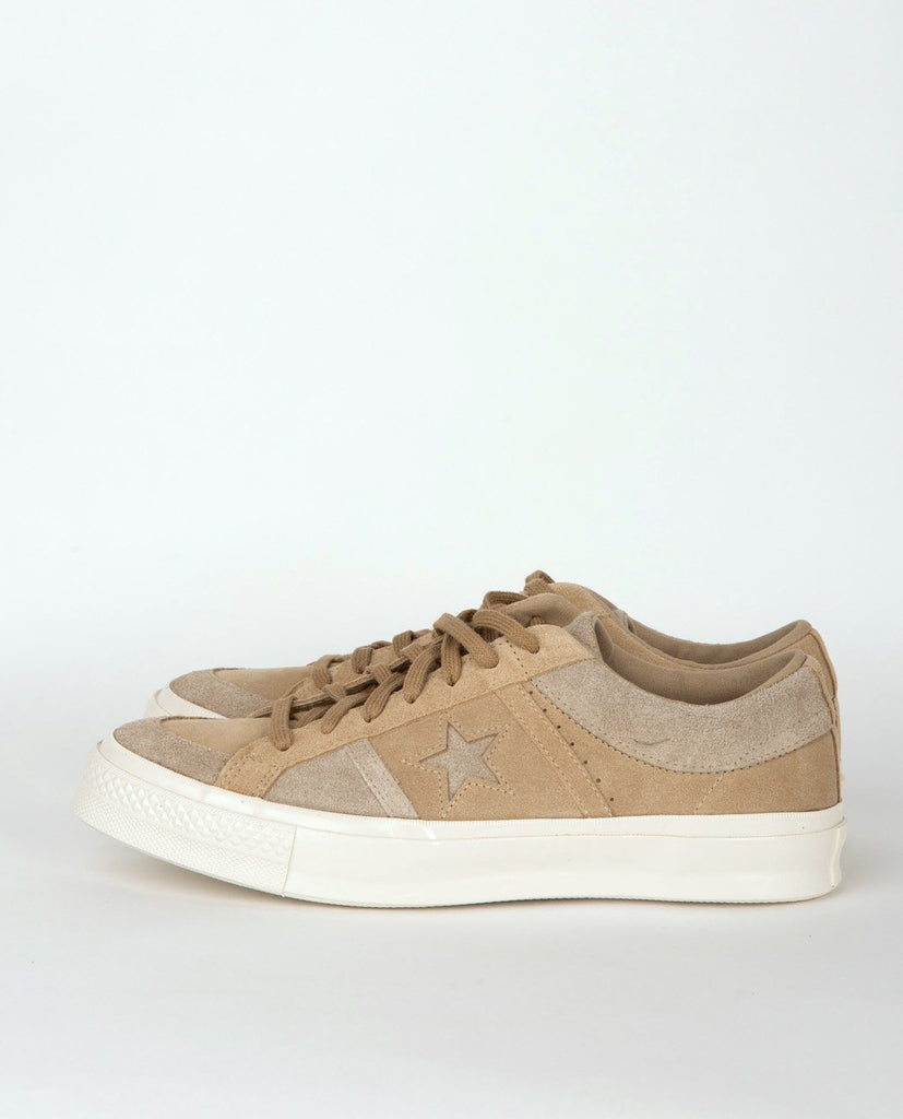 CONVERSE One Star Academy Suede Low