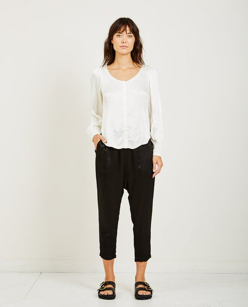 RAQUEL ALLEGRA PEBBLE SATIN GATHERED SLEEVE BLOUSE