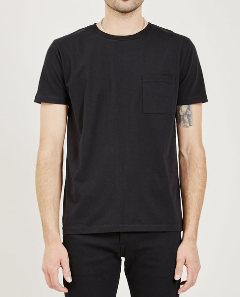 LEVI'S: MADE & CRAFTED POCKET TEE CAVIAR
