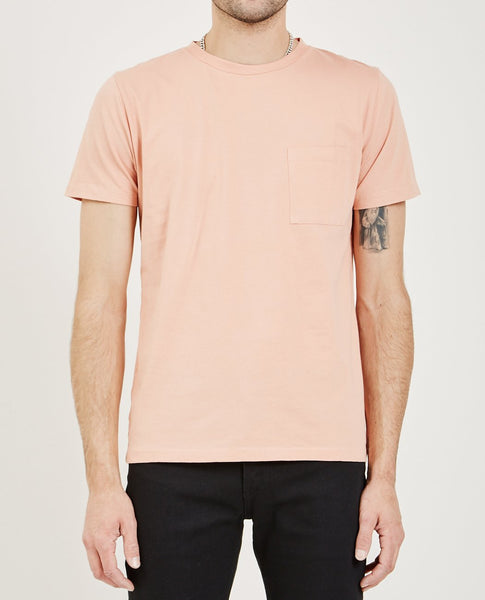 LEVI'S: MADE & CRAFTED POCKET TEE MUTED CLAY