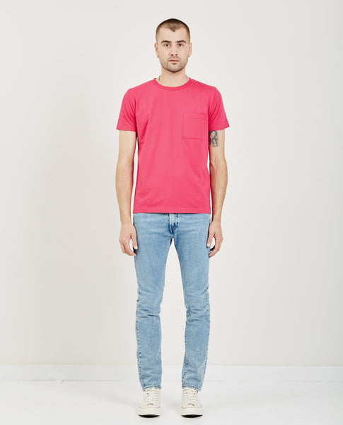 LEVI'S: MADE & CRAFTED POCKET TEE PINK PEACOCK
