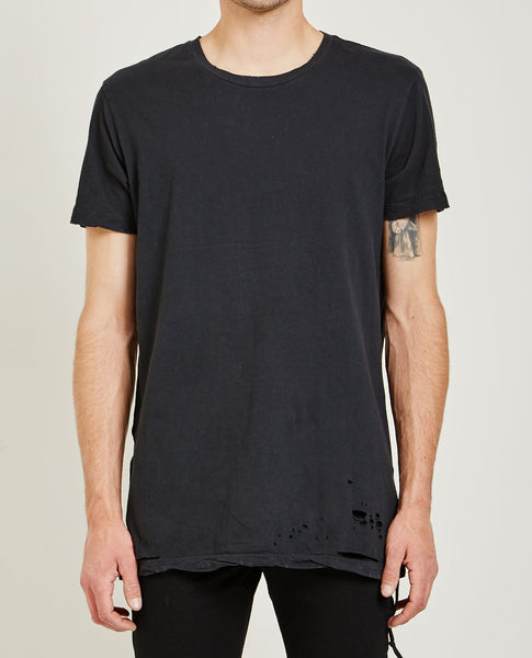 KSUBI Sioux Pocket Tee Worn In Black