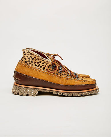 CLARKS OF ENGLAND Wallabee Boot Multicolor