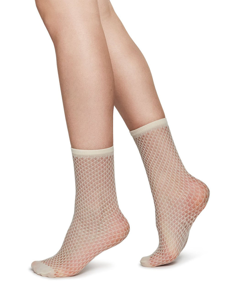 VERA NET SOCKS-SWEDISH STOCKINGS-American Rag Cie