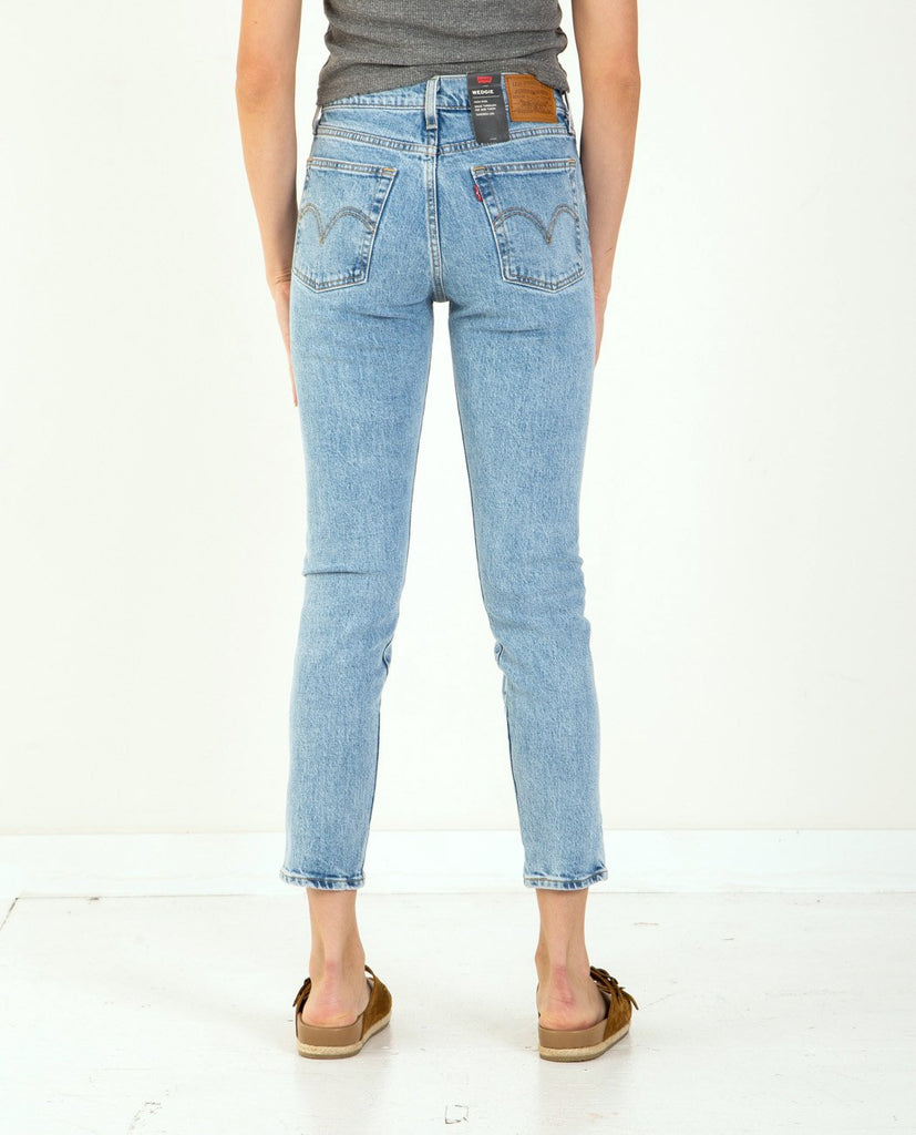 Wedgie Fit Tango Light-LEVI'S-American Rag Cie