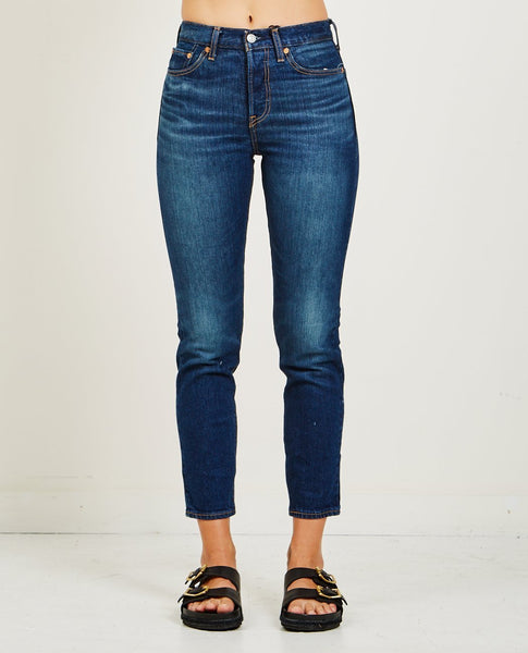 LEVI'S WEDGIE ICON JEANS IN AUTHENTIC FAVORITE