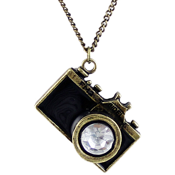 Dainty Camera Necklace