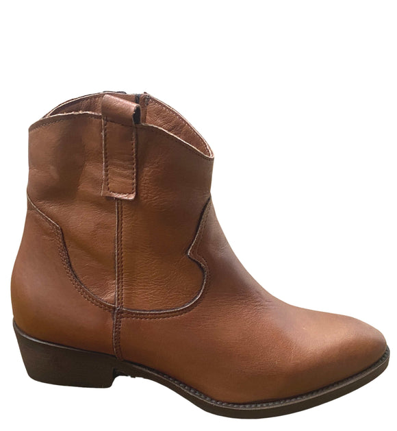 Western Leather Ankle Boots Zipped Made in Italy , Tan