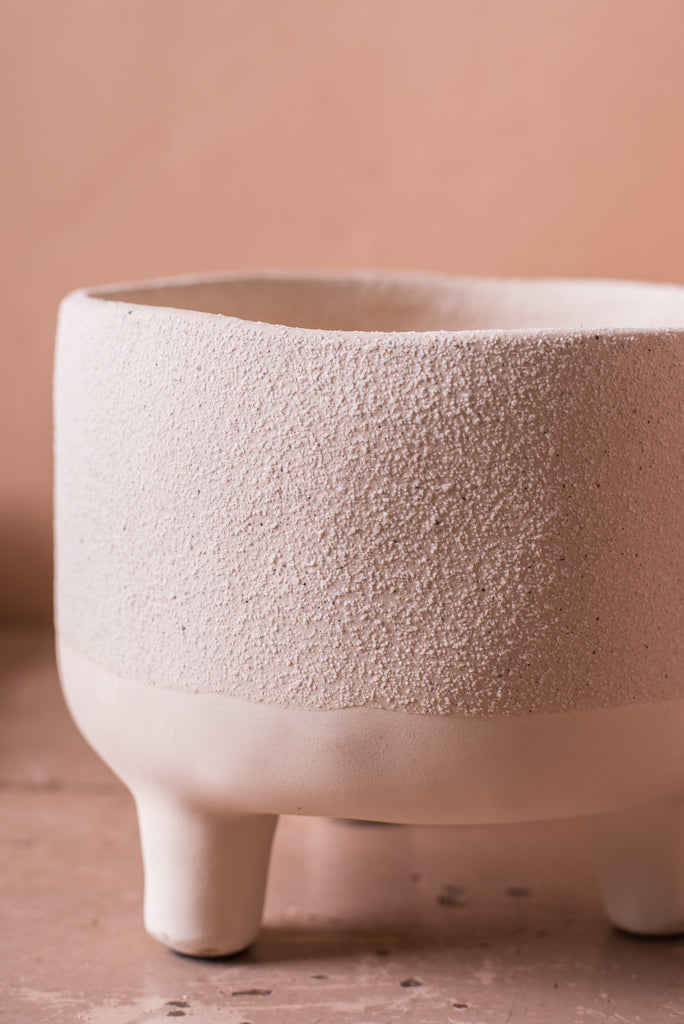 Boiling White Earthenware Planter