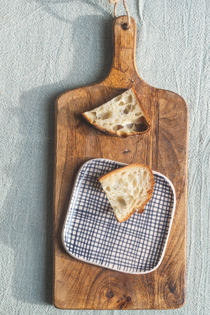 Square Presentation Dish with Rounded Sides