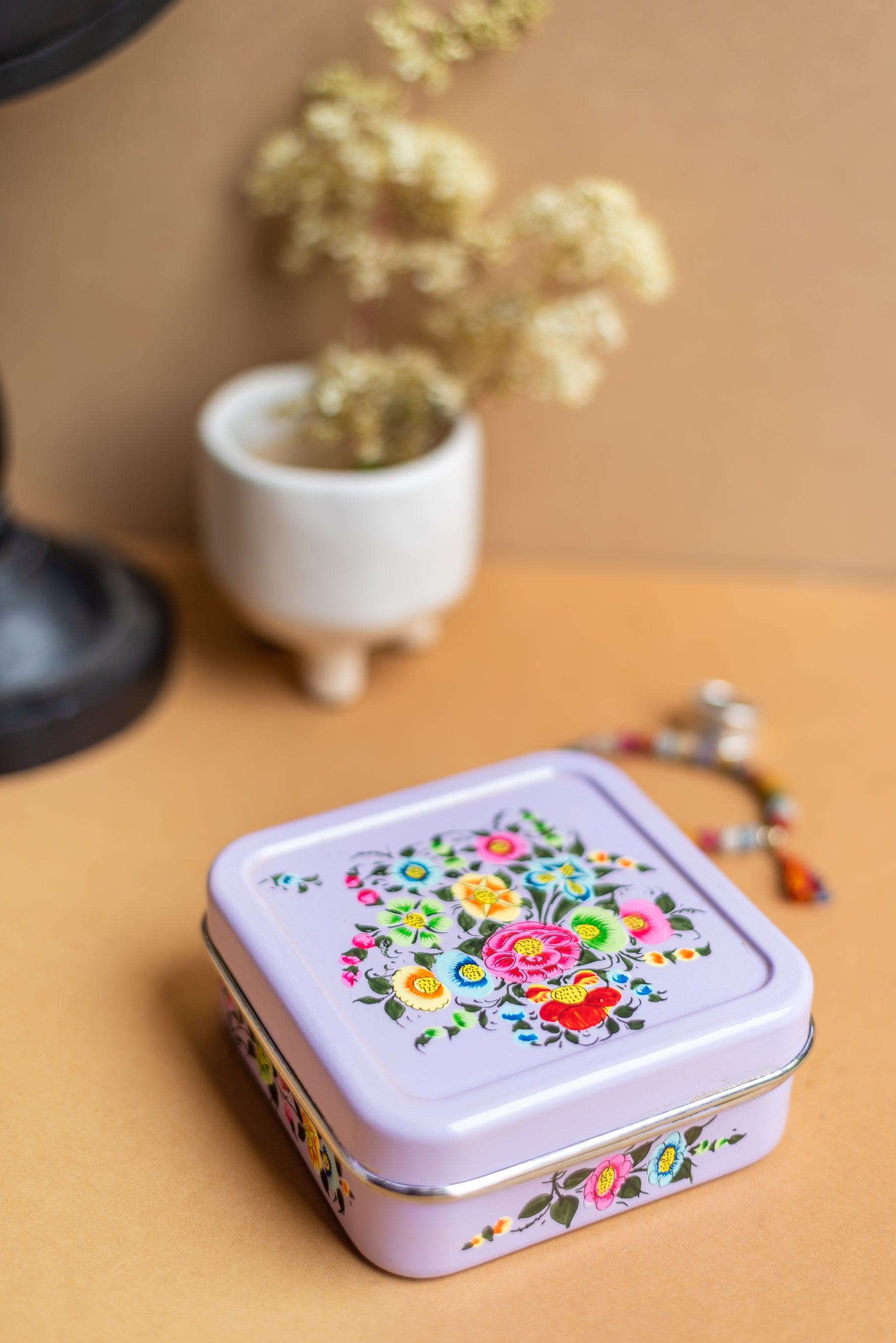 Lilac Hand Painted Kashmiri Square Sandwich Tin