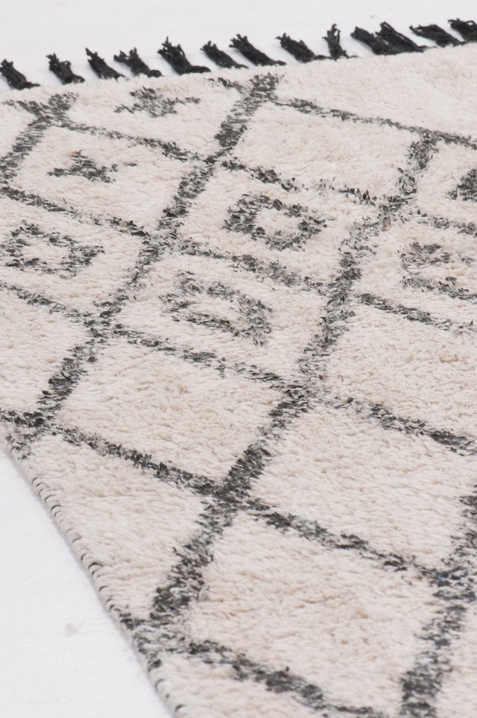 Hygge White/Grey Diamond Design Rug