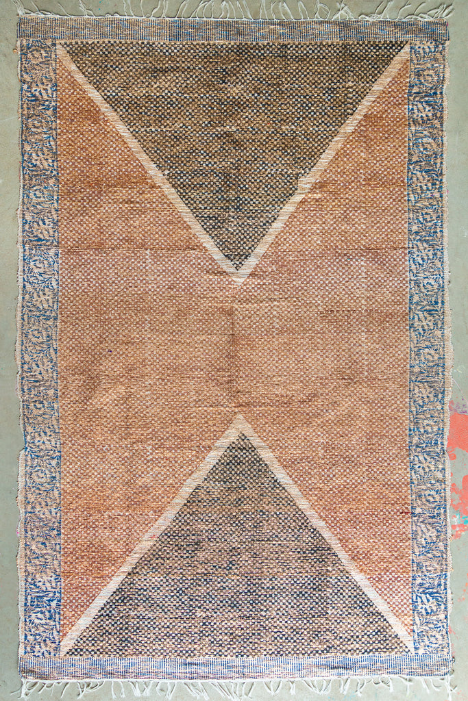 Chanderi Printed Gold Lurex Handloom Rug