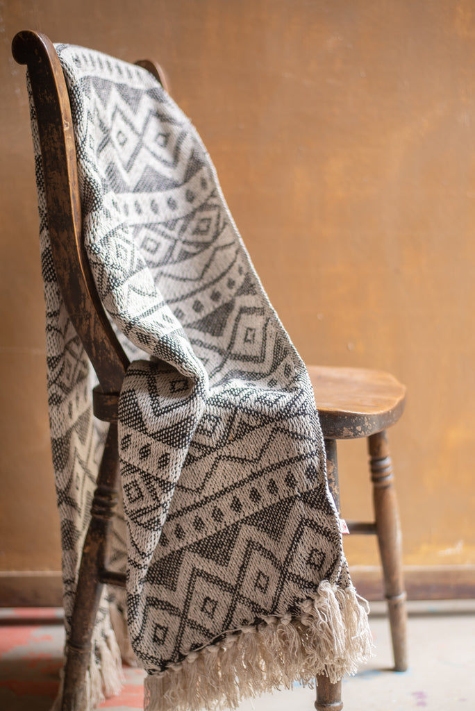 Maia Black & White Cotton Throw