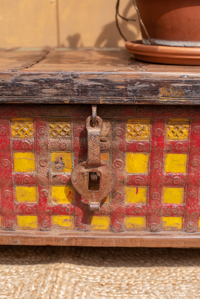 Vintage Pirata Box with Red and Yellow Trim