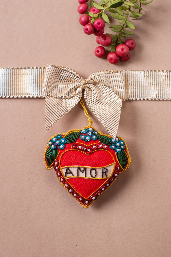 Amor Heart Plastic Free Outer/Recycled Plastic Filled Decoration