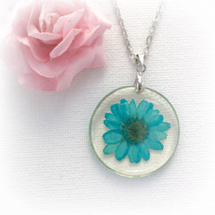 The real blue flower necklace