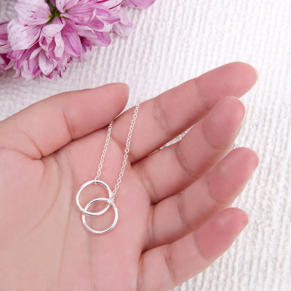 Sister gifts entwined circles message card necklace