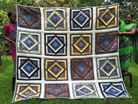 Stunning Queen quilt in Blues, Yellow and Gold