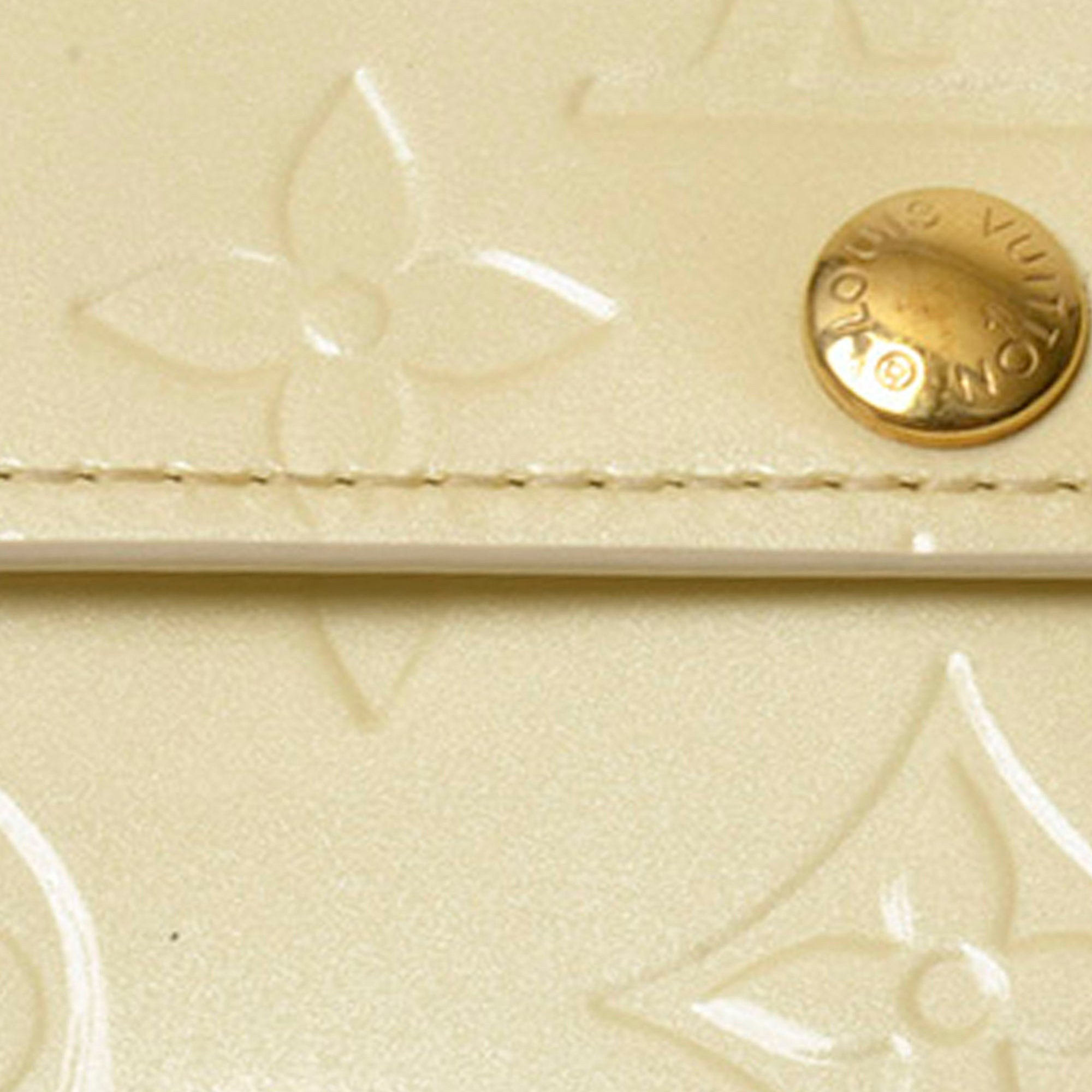 Louis Vuitton White Vernis Ludlow Coin Pouch