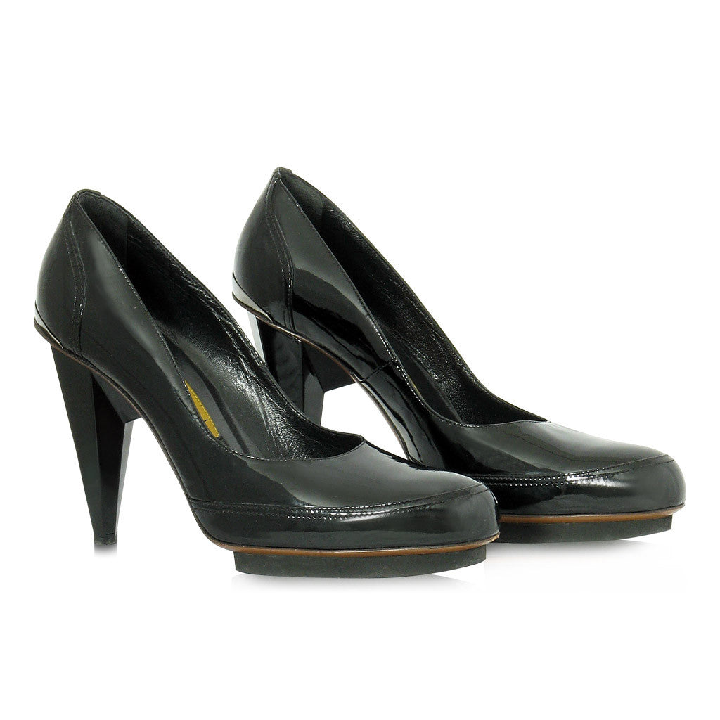 Lanvin Patent Leather Black Pumps