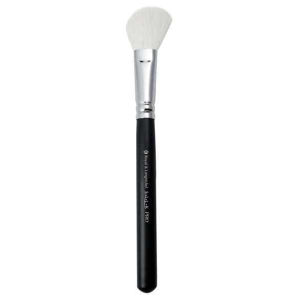 S.I.L.K® Contour Full view of S.I.L.K® Contour makeup brush facing left