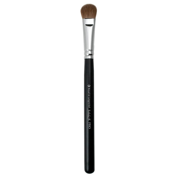 Full view of S.I.L.K® Large Eye Shader makeup brush facing left