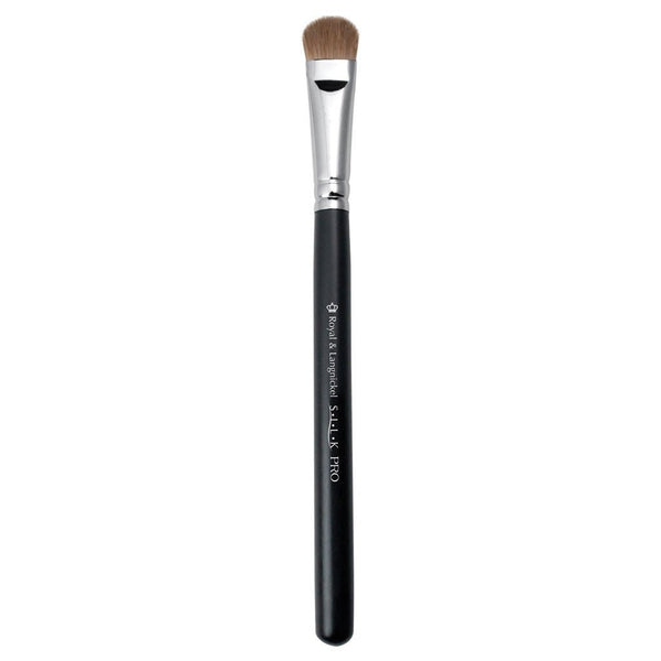 S.I.L.K® MD Eye Shader Full view of S.I.L.K® Medium Eye Shader makeup brush facing left