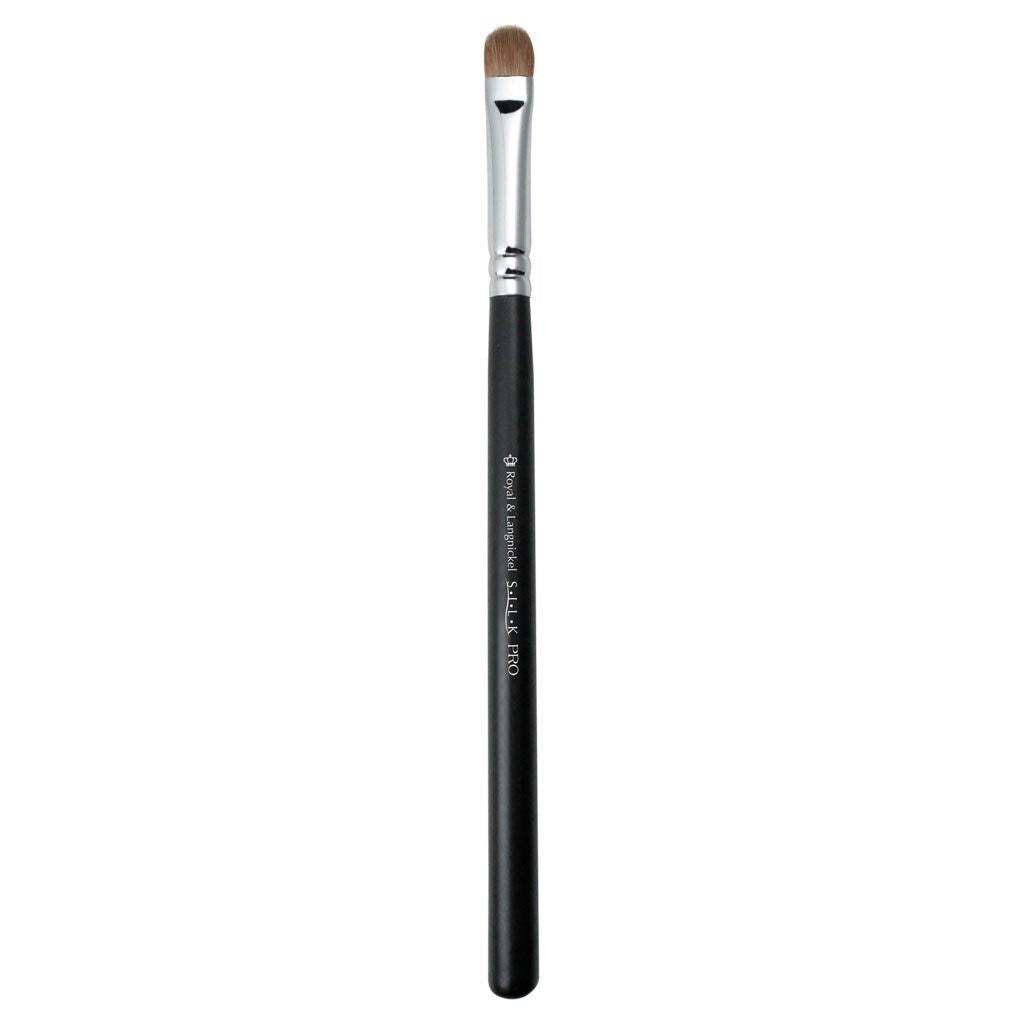 Full view of S.I.L.K® Mini Eye Shader makeup brush facing left